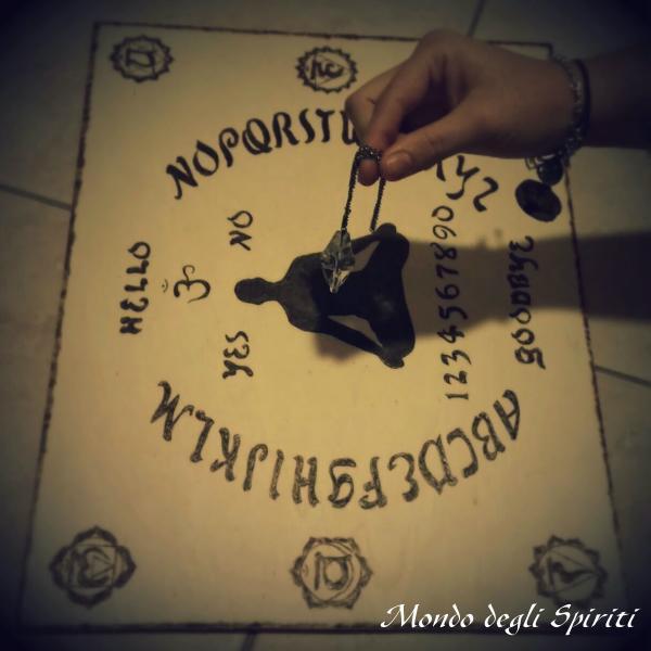 Comunicazione reale con uno spirito elementale superiore di giove mondo degli spiriti - La tavola di ouija ...